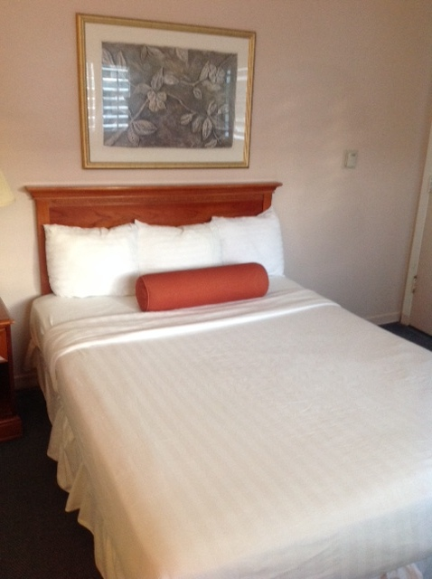 bed at greenwich inn